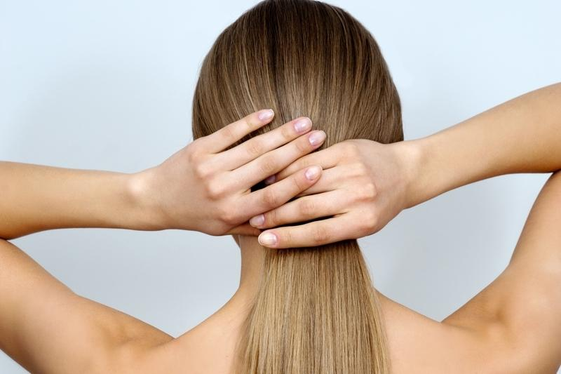 O cabelo está muito oleoso?