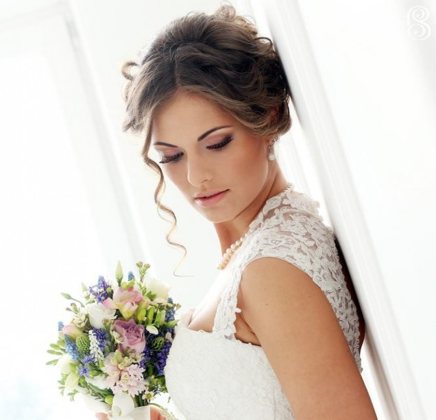 Wedding.-Beautiful-bride-with-bouquet